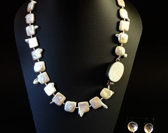 square Pearl necklace.