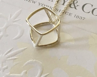 Excellent Rare Authentic Tiffany & Co. Gehry Torque Cutoff Silver Necklace