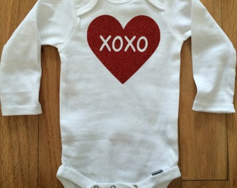 XOXO Inside Heart Bodysuit, Valentine's Day, Long Sleeve, Short Sleeve, Newborn-12 Months