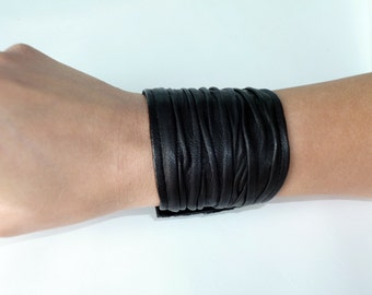 leather bracelet- leather cuff- black leather cuff