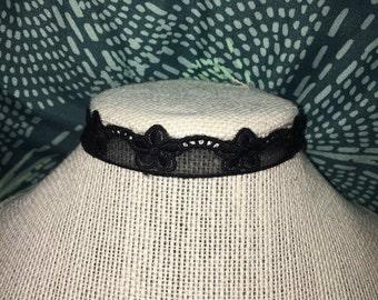 Black floral lace choker