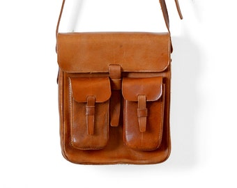 Vintage 70's, Amber-Toned, Structured, Leather, Adjustable Strap, Contrast-Stitched, Shoulder Satchel
