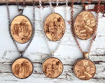 Photo Necklace - Photo Gift Mom - Mothers Day Gift - Photo Gifts - Mom Engraved Necklace - Mothers Day Photo - Engraved Photo Mothers Day