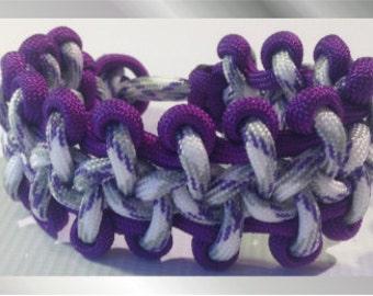 Blueberry and Cream Paracord Bracelet