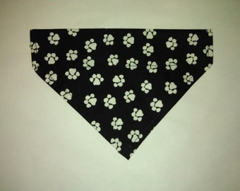 Reversible Over the collar dog bandana  Pet Clothes, paw prints Puppy bandana