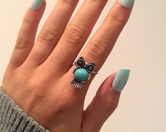 Silver owl adjustable ring with unique turquoise stone
