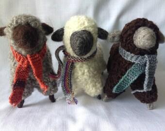 Flock of Three Ewes (Large)