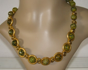 Agate and circles necklace