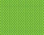 Green Small Swirl Cotton Fabric from the Quilt Camp Collection by Barbara Jones for Henry Glass Fabrics