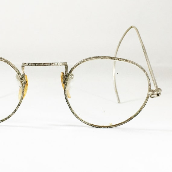 Wire Frame Glasses Vintage : Antique Eyeglasses Wire Glasses Vintage Eyeglasses Silver