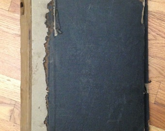 Beautiful Antique 19th c. printed French Cotton swatch book (904)