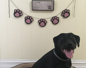 Dog/cat paw print banner, crochet banner