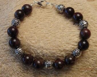 Garnet bracelet 7 1/2 inches
