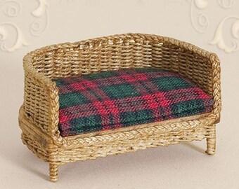 Dollhouse, miniature, wicker, cat, bed, scale 1 : 12, WC/906