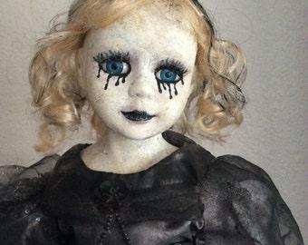 Creepy doll - Eloise