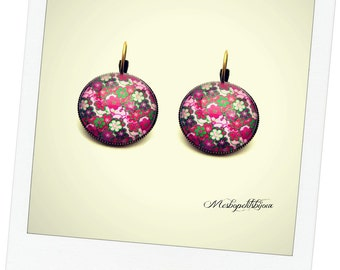Pink fuchsia flower cabochon earrings