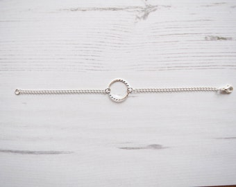 Silver Circle and Chain Bracelet