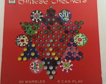 Vintage 1966 chinese checkers game