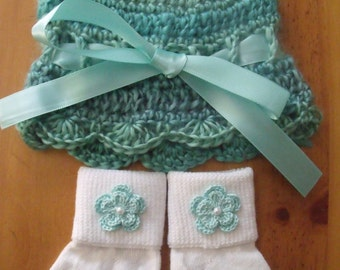 Crochet Baby Hat, Beanie, Sunhat w/Matching Socks Set - Mint Color w/Flowers - Size 0-6 mts months - Great Baby Shower Gift! FREE SHIPPING!