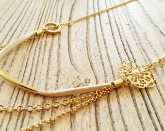 Gold and cream romantic necklace