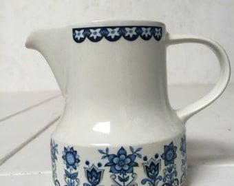 Stunning 1960's creamer milk jug by JG Meakin