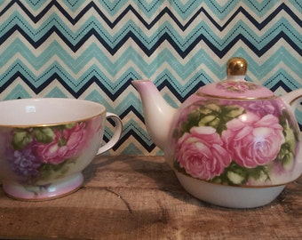 Vintage Teapot for one