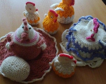 """Knitted toy """"Hen with chicks"""""""