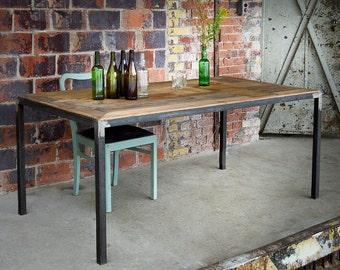 Esstisch aus Bauholz & Eisen Maaike 180x96cm