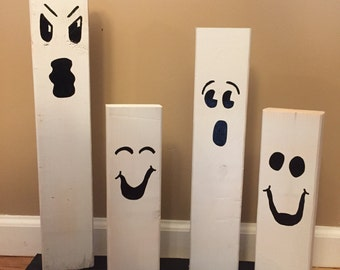 Wooden Ghost Family / Halloween Decor