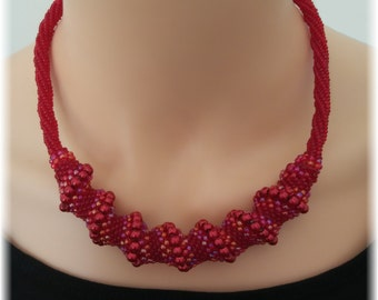 "Handmade Collar Necklace ""Red Fantasy"""