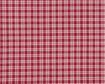 "28"" REMNANT - Country Classics - Red and White Plaid by Keepsake Calico, Small Plaid"
