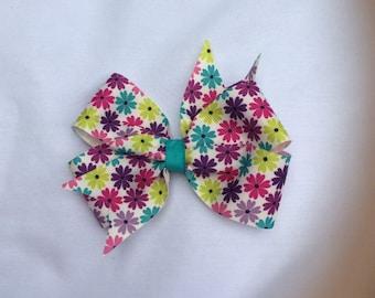 Floral Pinwheel Hairbow