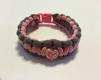 Breast Cancer Awareness  Pink & Grey Heart Pendant paracord bracelet