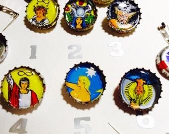 Tarot bottle cap pins & magnets