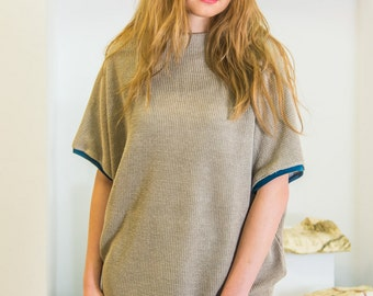 Linen tunic with turquise cotton melt