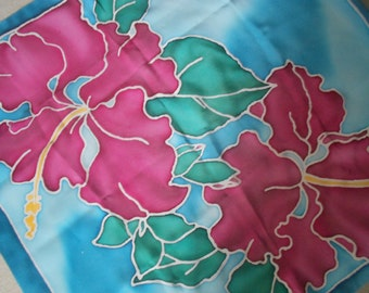 "Shawl of natural silk with hand painted""Hibiscus"""