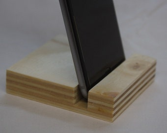 Cell phone holder cradle Dock Station In plywood for smartphones.