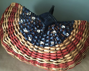 Hand-crafted Vintage American Flag Basket. Independence Day. Fourth of July. Patriotic Decor