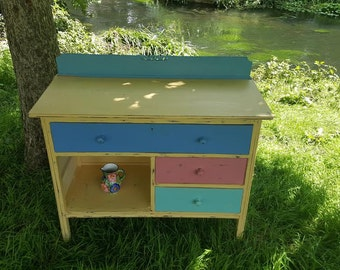 Gorgeous Shabby Chic Chest Of Drawers