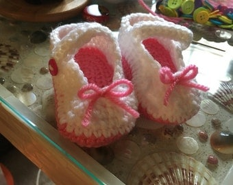 0-3 month baby Mary Jane booties