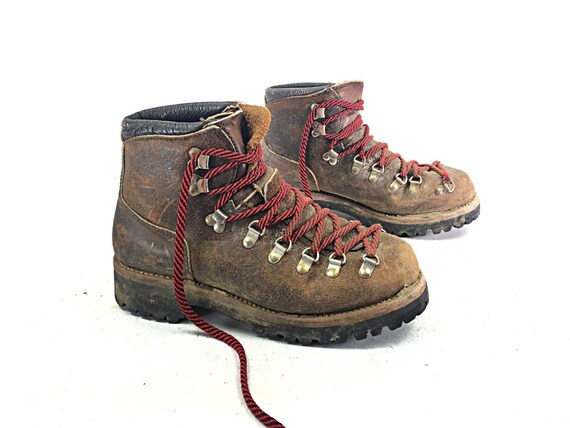 Wonderful Hiking Boots Mountaineering Boots Womens Boots Vintage Hiking