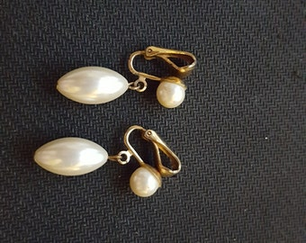 antique simulated pearl earrings