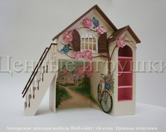 """A miniature bed Cottage """"pink dreams""""."""