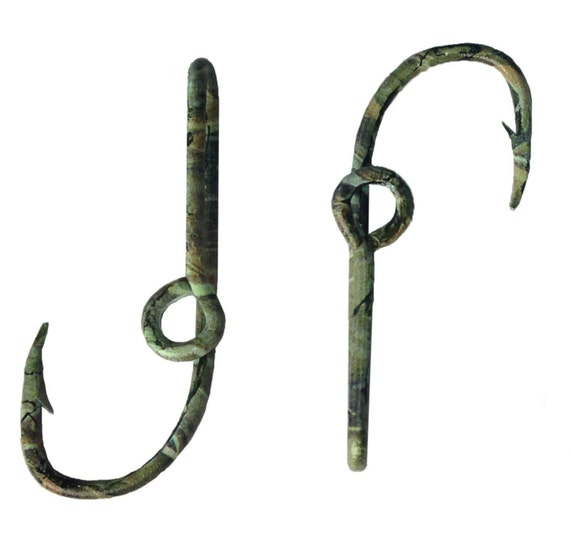 Set of two camo fish hook hat pin 2 hat clips for hat or cap for Fishing hooks for hats