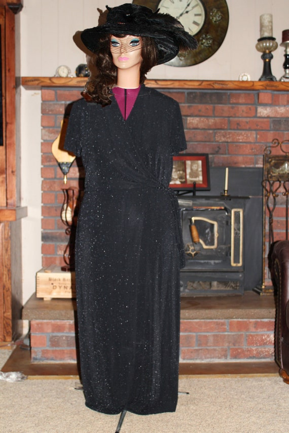 LOOK CLOSER! Flattering Black Shimmer, Holiday Gown, Evening Dress, Cocktail Party Dress, Formal Black Gown with Silver Flecks