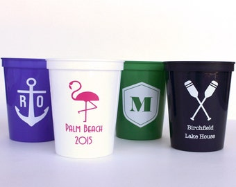 16 oz STADIUM CUPS// Personalized Plastic Stadium Cups Perfect for Parties, Weddings + Gifts