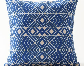 Abstract Line Cushion