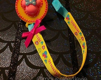 Minnie Mouse head Pacifier Clip