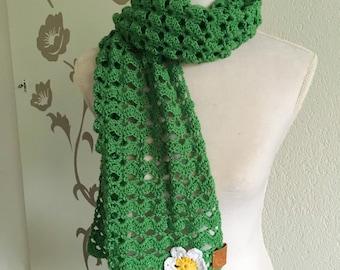 Fresh green soft scarf