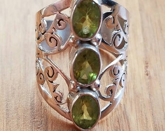 3 Stone Peridot Ring